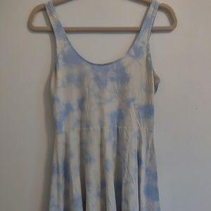 2/$10🌼 sky and cloud tie dye dress